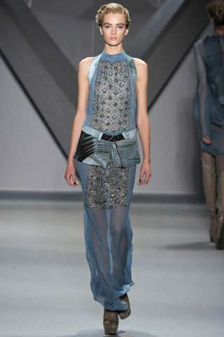 images/cast/10150533039992035=my job on fabrics x=vera wang Fall 2012 show new york
